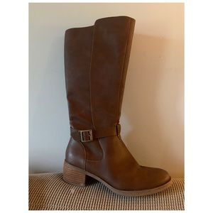 Korks Tall Leather Boots